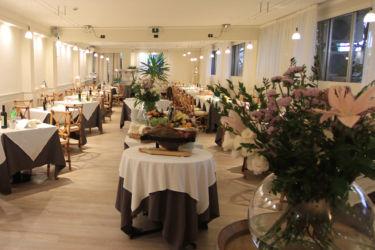 Nuova sala La Taverna Toscana Forte dei Marmi
